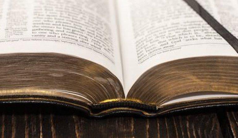 Homélie : se servir ou servir la Parole de Dieu