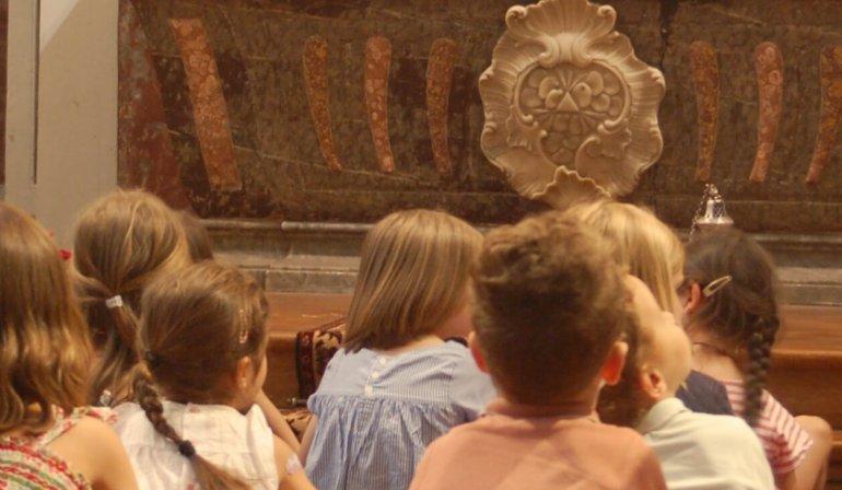 Enfants adorateurs