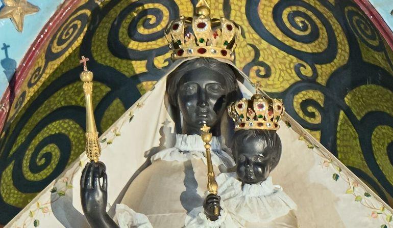 Bénédiction des mamans et des ceintures à Notre Dame la Daurade
