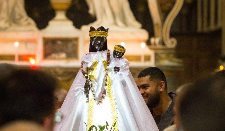 Procession de la Vierge Noire